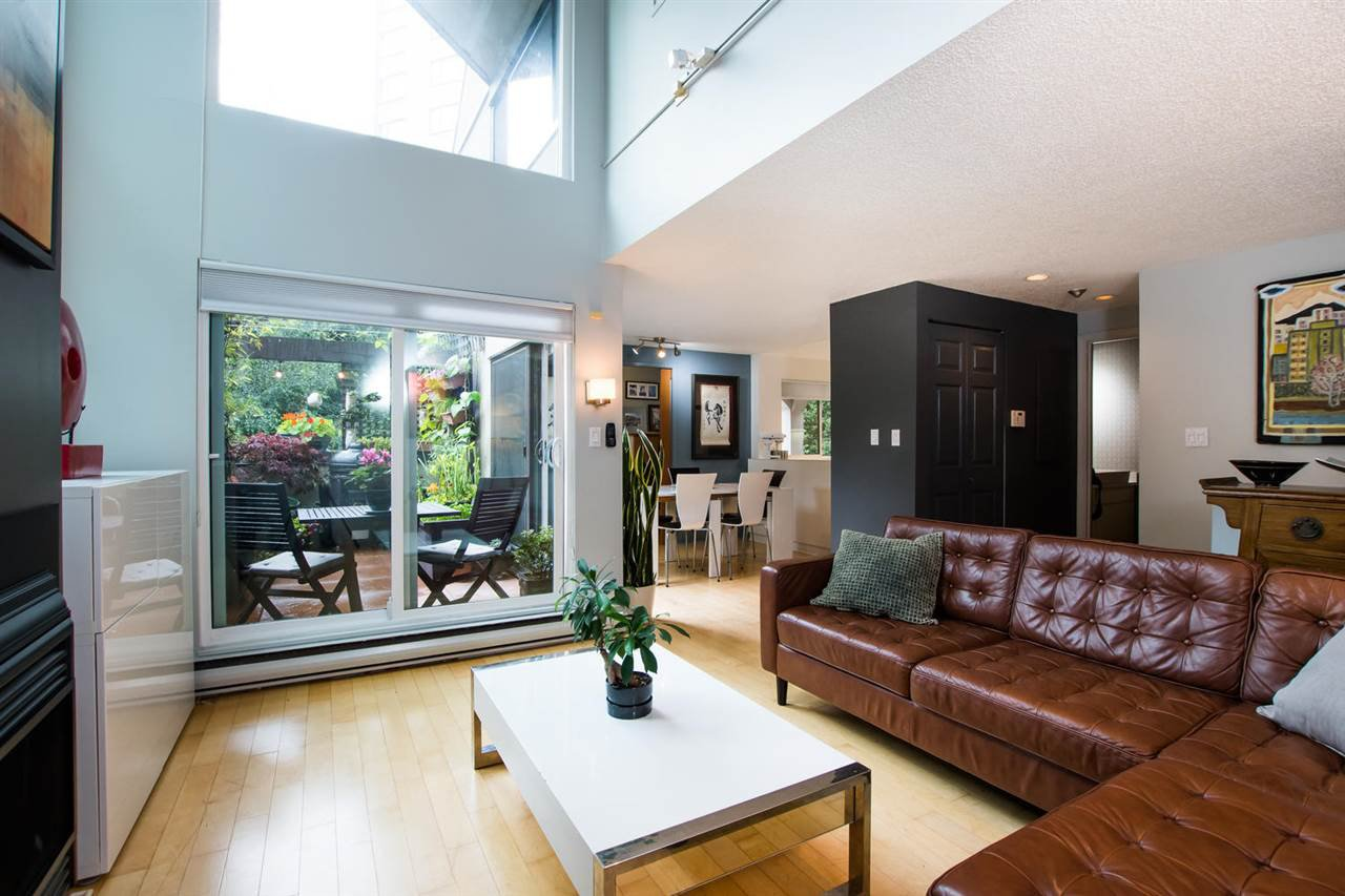Main Photo: 1 1019 GILFORD STREET in Vancouver: West End VW Condo for sale (Vancouver West)  : MLS®# R2472849