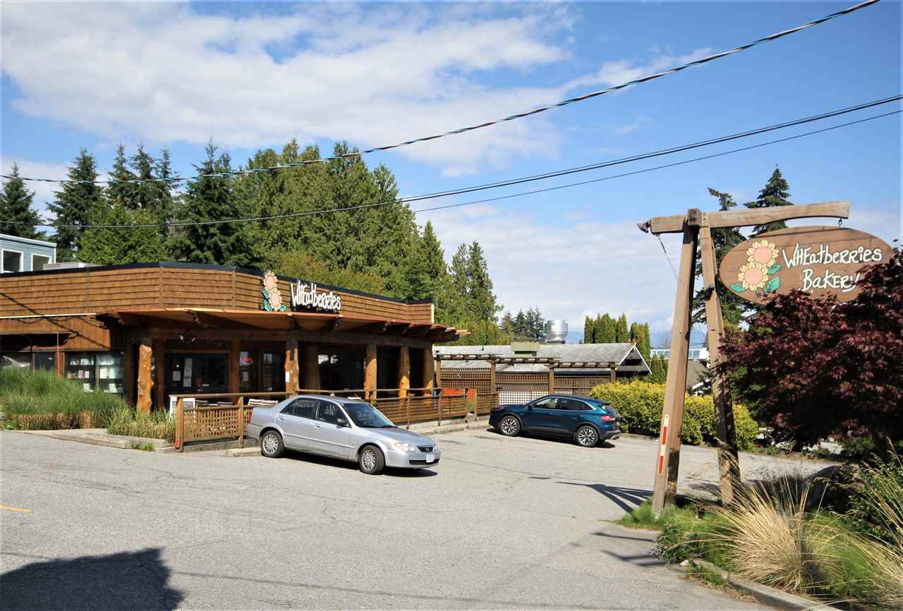 Main Photo: 818 GIBSONS Way in Gibsons: Gibsons & Area Land Commercial for sale (Sunshine Coast)  : MLS®# C8033708