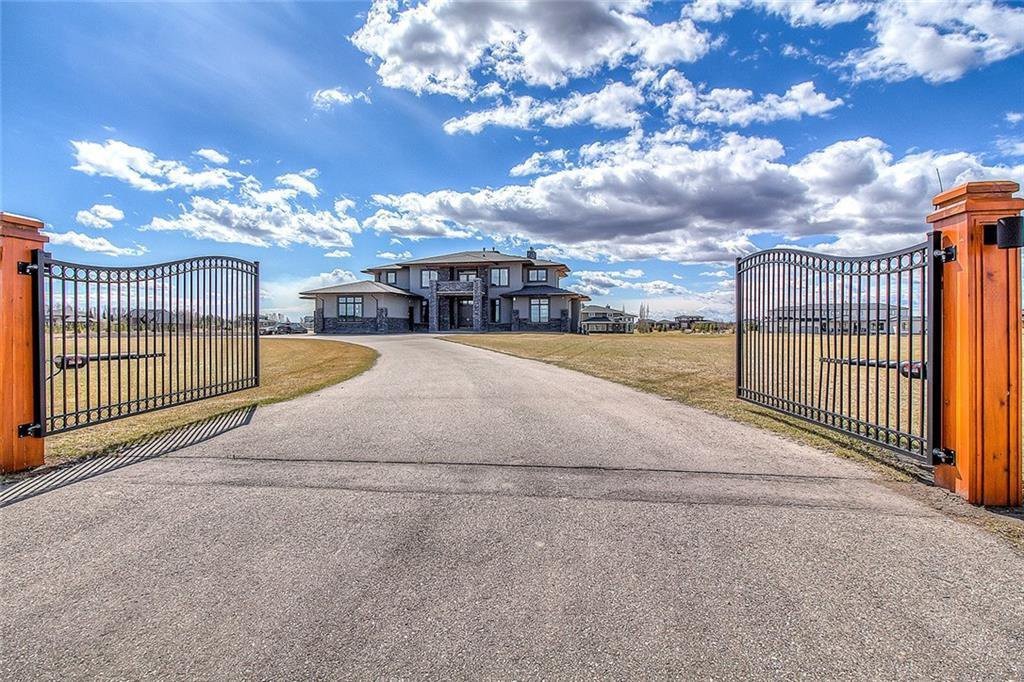 Main Photo: 110 Windhorse Court in Rural Rocky View County: Rural Rocky View MD Detached for sale : MLS®# A1055758