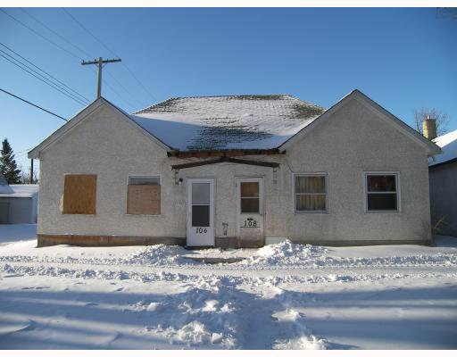 Main Photo: 106 ANDREWS Street in WINNIPEG: North End Residential for sale (North West Winnipeg)  : MLS®# 2822694
