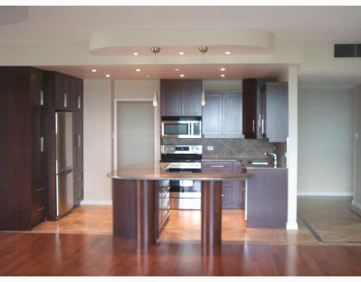 Photo 2: Photos: 200 Tuxedo Avenue in WINNIPEG: River Heights / Tuxedo / Linden Woods Condominium for sale (South Winnipeg)  : MLS®# 2914298