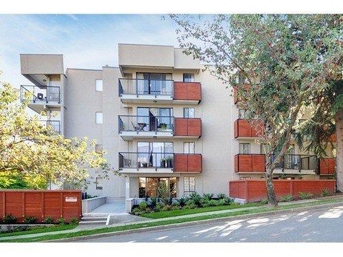 Main Photo: 211 2142 CAROLINA Street in Vancouver East: Home for sale : MLS®# V970139