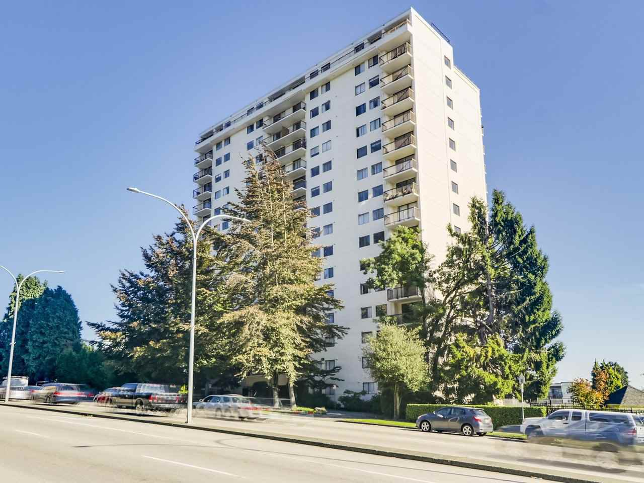 "Main Photo: 404 320 ROYAL Avenue in New Westminster: Downtown NW Condo for sale in ""The Peppertree"" : MLS®# R2507262"