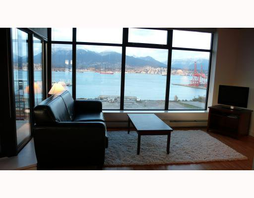 """Photo 2: Photos: 2310 128 W CORDOVA Street in Vancouver: Downtown VW Condo for sale in """"WOODWARDS W43"""" (Vancouver West)  : MLS®# V791001"""