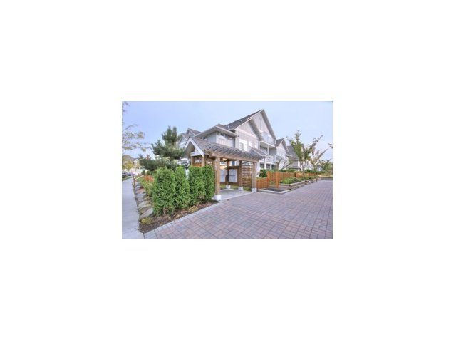 "Main Photo: 44 6300 LONDON Road in Richmond: Steveston South Townhouse for sale in ""MCKINNEY CROSSING"" : MLS®# V841905"