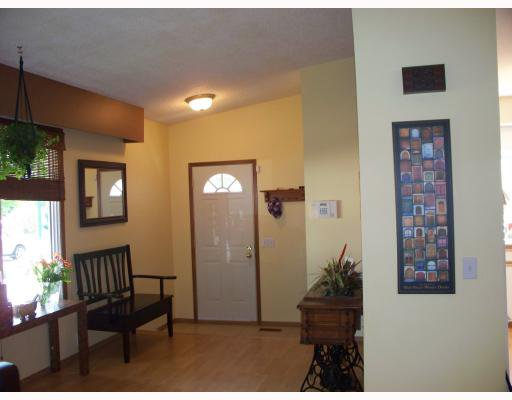 Photo 2: Photos: 32 KETTERING Street in WINNIPEG: Charleswood Residential for sale (South Winnipeg)  : MLS®# 2913128