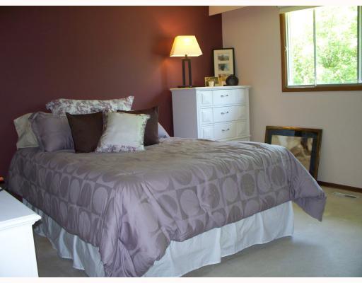 Photo 6: Photos: 32 KETTERING Street in WINNIPEG: Charleswood Residential for sale (South Winnipeg)  : MLS®# 2913128