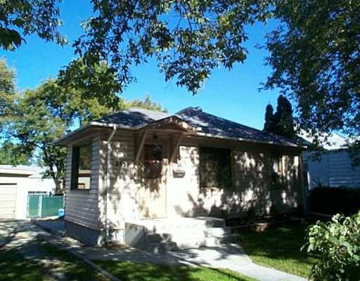 Main Photo: 255 LINDEN Avenue in WINNIPEG: East Kildonan Single Family Detached for sale (North East Winnipeg)  : MLS®# 2413937