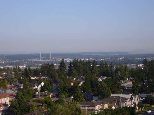 Main Photo: 1406 6689 WILLINGDON AVENUE in : Metrotown Condo for sale : MLS®# V651729
