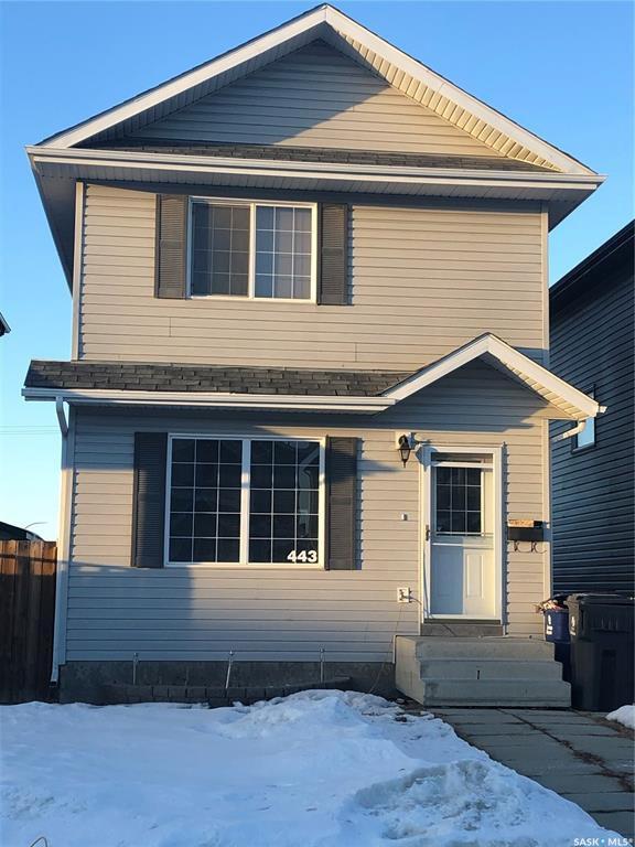 Main Photo: 443 Blakeney Crescent in Saskatoon: Confederation Park Residential for sale : MLS®# SK806747