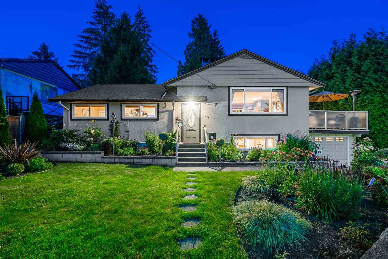 Main Photo: 411 DELMONT Street in Coquitlam: Coquitlam West House for sale : MLS®# R2477098