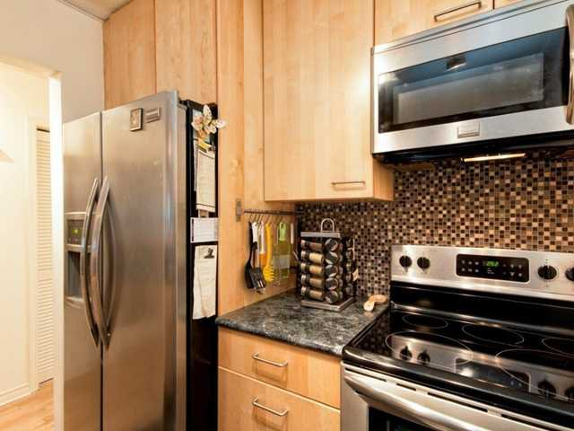 """Photo 7: Photos: 206 1465 COMOX Street in Vancouver: West End VW Condo for sale in """"BRIGHTON COURT"""" (Vancouver West)  : MLS®# V1044730"""