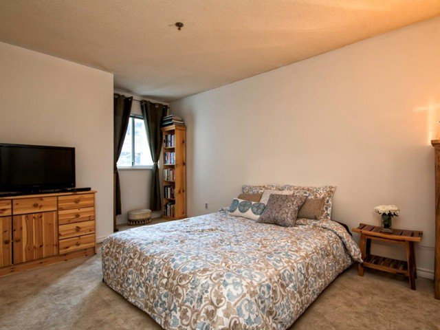 """Photo 10: Photos: 206 1465 COMOX Street in Vancouver: West End VW Condo for sale in """"BRIGHTON COURT"""" (Vancouver West)  : MLS®# V1044730"""