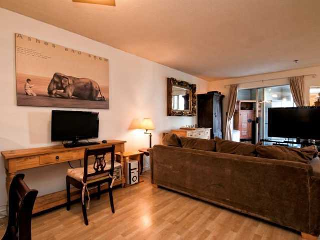 """Photo 6: Photos: 206 1465 COMOX Street in Vancouver: West End VW Condo for sale in """"BRIGHTON COURT"""" (Vancouver West)  : MLS®# V1044730"""