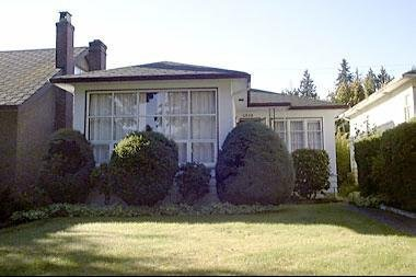 Main Photo: 4358 W 15th Avenue in Point Grey: Home for sale