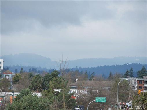 Main Photo: 406 898 Vernon Avenue in VICTORIA: SE Swan Lake Condo Apartment for sale (Saanich East)  : MLS®# 348554