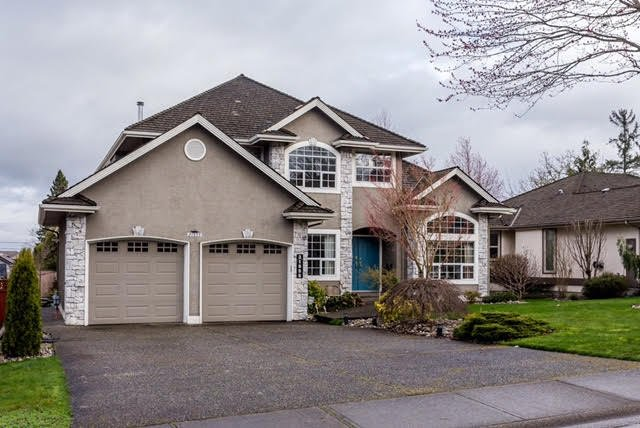 "Main Photo: 21555 47B Avenue in Langley: Murrayville House for sale in ""Macklin Corners"" : MLS®# R2040305"
