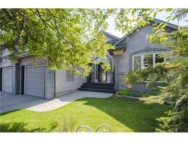 Main Photo: 55 STRATHRIDGE Gardens SW in Calgary: Strathcona Park House for sale : MLS®# C4063885