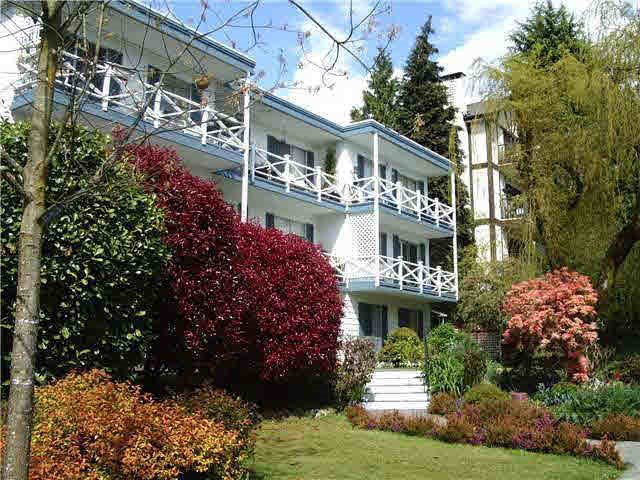 """Main Photo: 12 140 E 20TH Street in North Vancouver: Central Lonsdale Condo for sale in """"Georgian Manor"""" : MLS®# R2086324"""