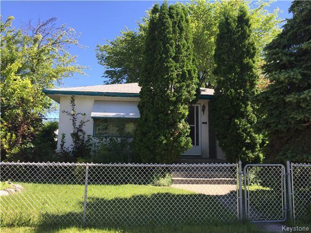 Main Photo: 1205 Alexander Avenue in Winnipeg: Brooklands / Weston Residential for sale (West Winnipeg)  : MLS®# 1618424