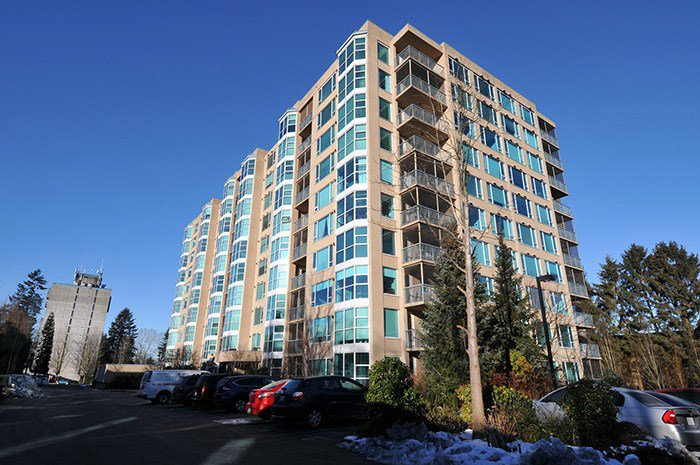 "Main Photo: 202 12148 224 Street in Maple Ridge: East Central Condo for sale in ""PANORAMA"" : MLS®# R2131520"