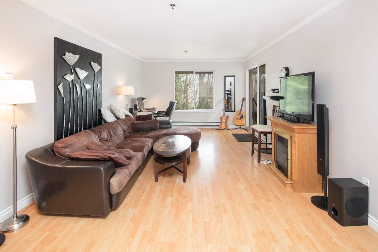 "Main Photo: 313 2130 MCKENZIE Road in Abbotsford: Central Abbotsford Condo for sale in ""Mckenzie Place"" : MLS®# R2152833"