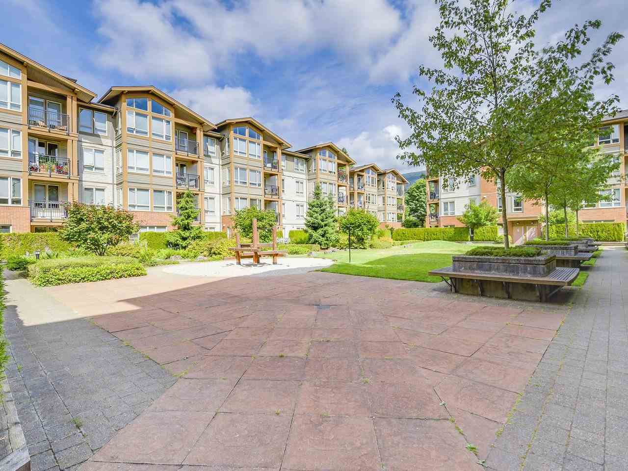 Photo 14: Photos: 106 2601 WHITELEY COURT in North Vancouver: Lynn Valley Condo for sale : MLS®# R2186381
