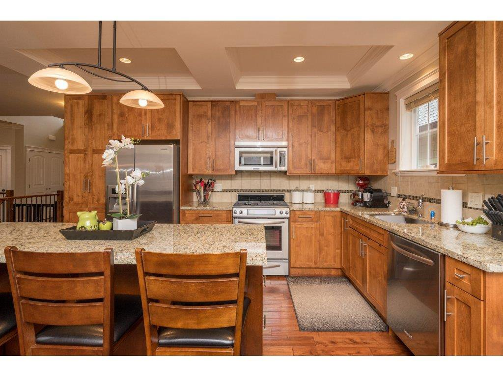"Photo 10: Photos: 8 6110 MILLER Drive in Sardis: Sardis West Vedder Rd House for sale in ""MILLER ESTATES"" : MLS®# R2251169"