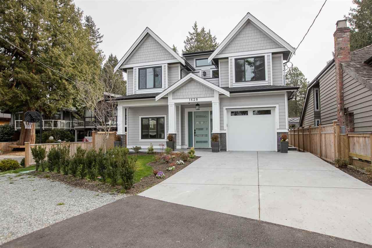 Main Photo: 1628 FARRELL Crescent in Delta: Beach Grove House for sale (Tsawwassen)  : MLS®# R2274885