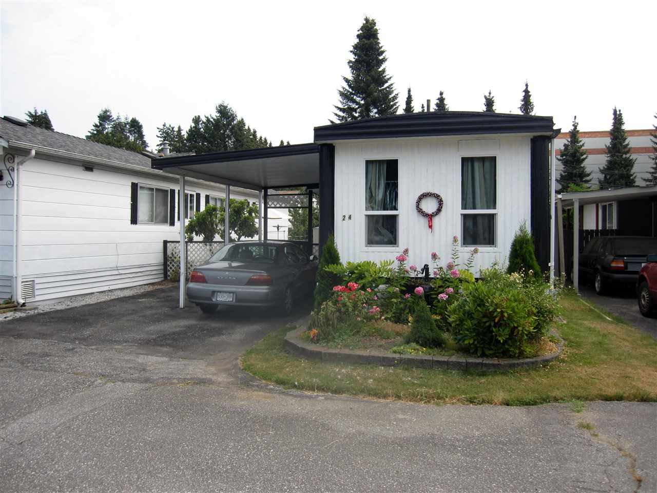Photo 2: Photos: 24 21163 LOUGHEED Highway in Maple Ridge: Southwest Maple Ridge Manufactured Home for sale : MLS®# R2297032