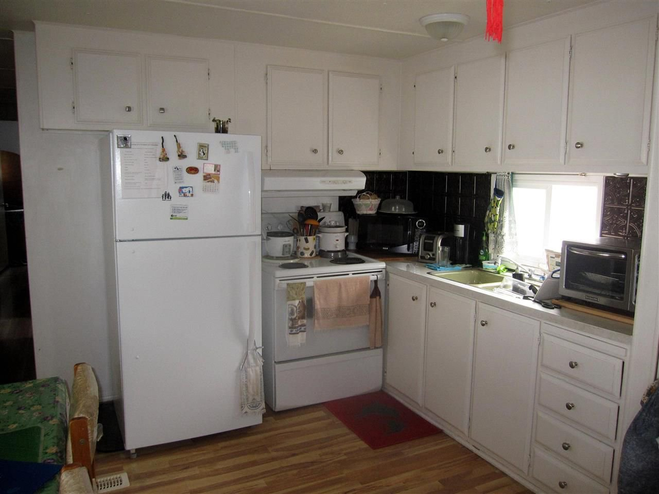 Photo 5: Photos: 24 21163 LOUGHEED Highway in Maple Ridge: Southwest Maple Ridge Manufactured Home for sale : MLS®# R2297032