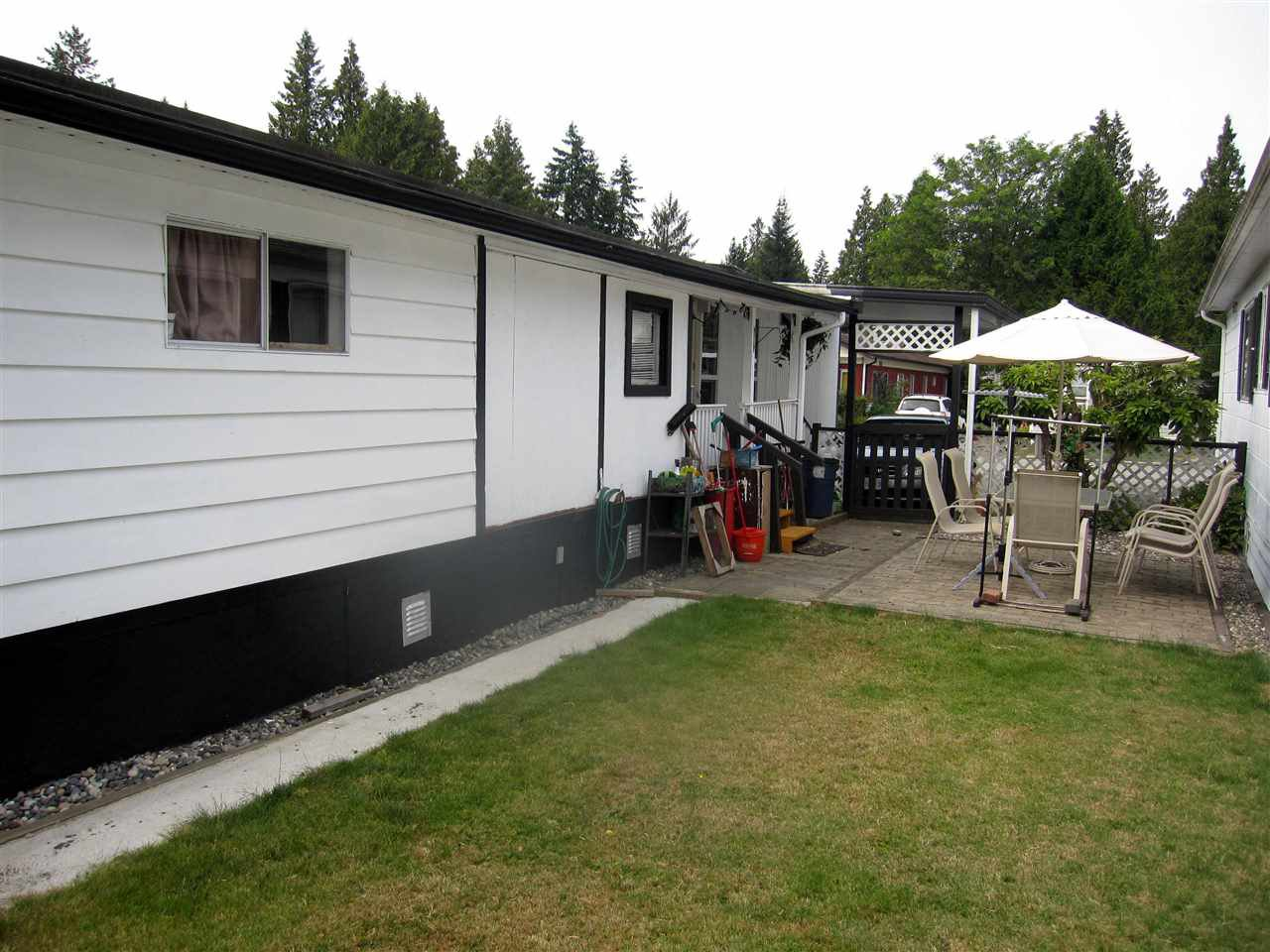 Photo 10: Photos: 24 21163 LOUGHEED Highway in Maple Ridge: Southwest Maple Ridge Manufactured Home for sale : MLS®# R2297032