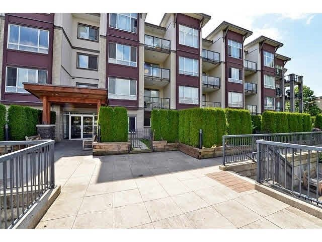 """Main Photo: 317 2943 NELSON Place in Abbotsford: Central Abbotsford Condo for sale in """"Edgebrook"""" : MLS®# R2337002"""