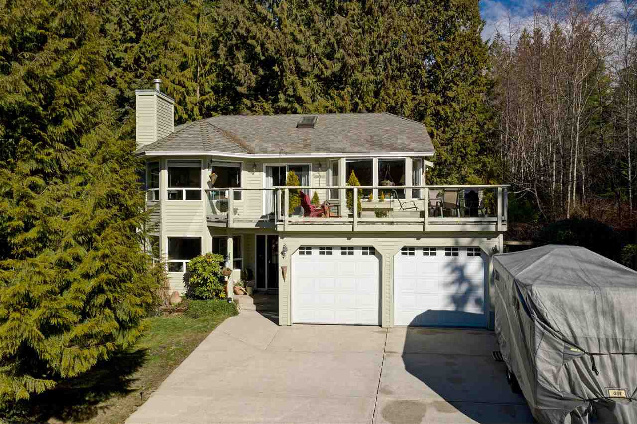 This 2326sf home has main living area upstairs with 3-bedrooms.  Lower level can be easily suited with separate and level entry with 1-bedroom plus office or convert the office into a second bedroom