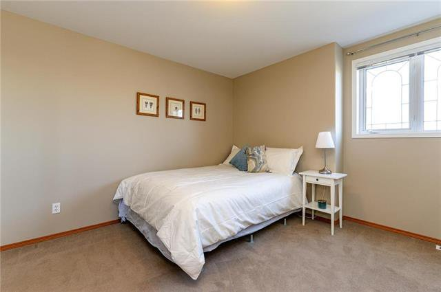 Photo 14: Photos: 42 Stonington Bay in Winnipeg: Linden Woods Residential for sale (1M)  : MLS®# 1910958