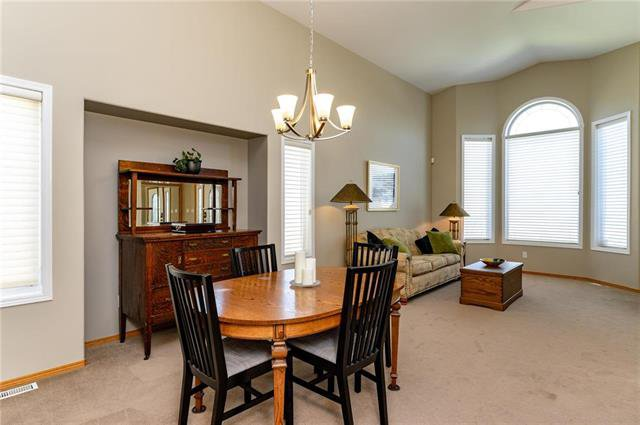 Photo 9: Photos: 42 Stonington Bay in Winnipeg: Linden Woods Residential for sale (1M)  : MLS®# 1910958