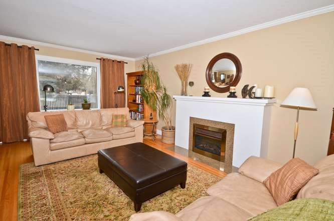 Main Photo: 14027 101 Avenue in Edmonton: Zone 11 House for sale : MLS®# E4160524