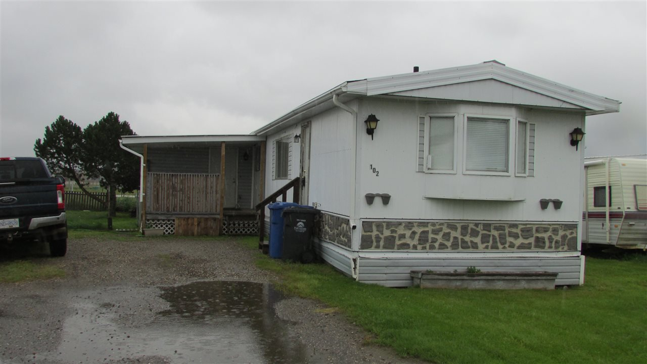 "Main Photo: 102 8420 ALASKA Road in Fort St. John: Fort St. John - City SE Manufactured Home for sale in ""Peace Country Mobile Home Park"" (Fort St. John (Zone 60))  : MLS®# R2397195"