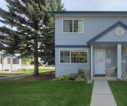 Main Photo: #6 100 WESTRIDGE CR in Spruce Grove: Zone 91 Townhouse for sale : MLS®# E4169470