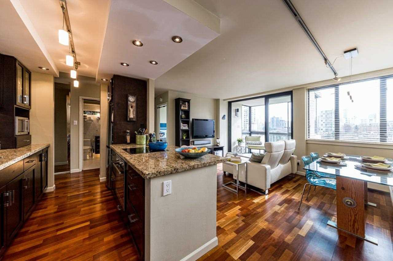 Is your ideal home a bright 1 bedroom with city views! Welcome to the Sandpiper.