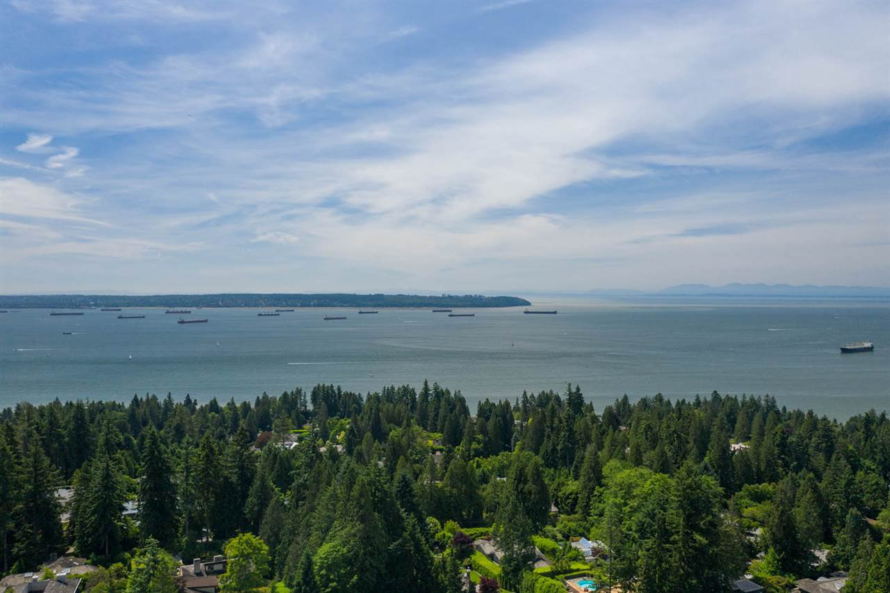 Main Photo: 2938 ALTAMONT Crescent in West Vancouver: Altamont Land for sale : MLS®# R2443171