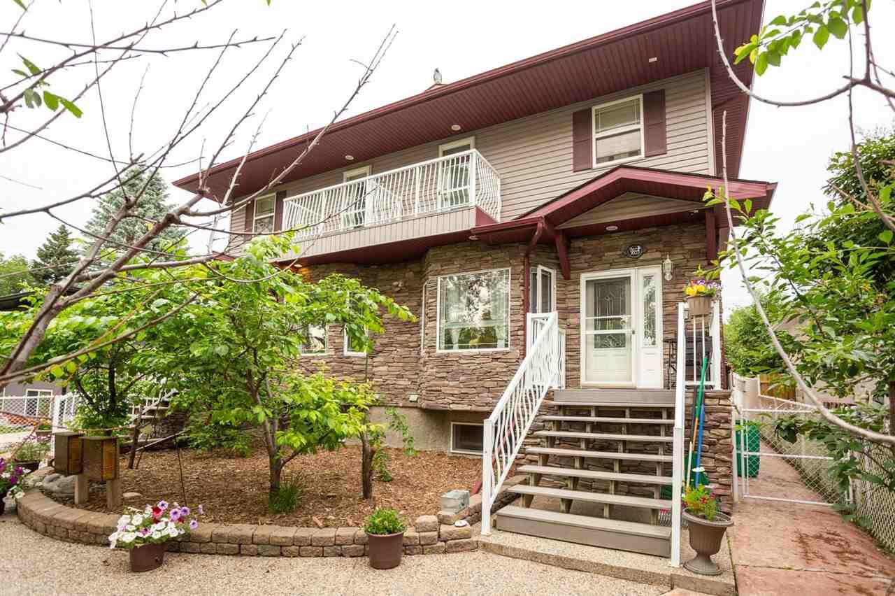 Main Photo: 9353 94 Street in Edmonton: Zone 18 House Half Duplex for sale : MLS®# E4205306
