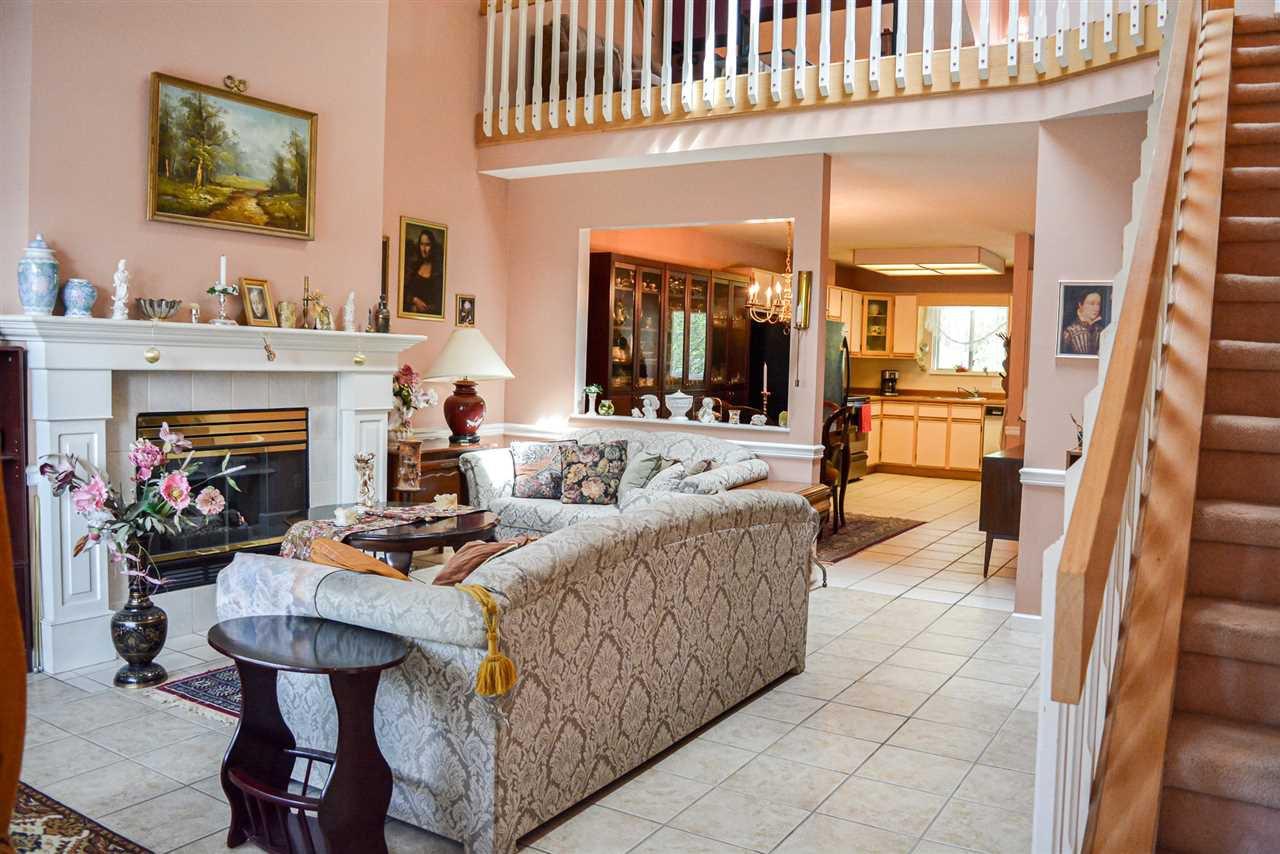 "Main Photo: 229 7837 120 A Street in Surrey: West Newton Townhouse for sale in ""Berkshyre Gardens"" : MLS®# R2486874"
