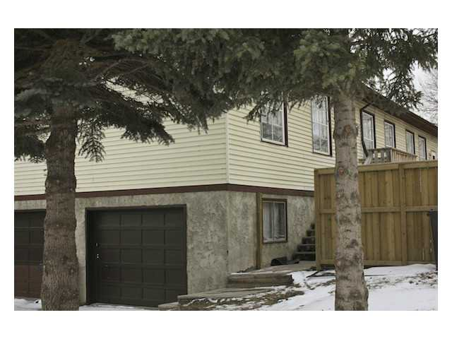 Main Photo: 23 7 Avenue SE: High River Tri-Plex for sale : MLS®# C3500934