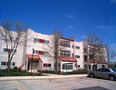 Main Photo: #207 - 3271 Pembina Hwy: Condominium for sale (St. Norbert)  : MLS®# 2407113