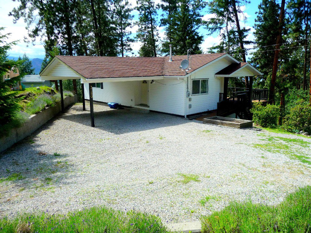 Main Photo: 3280 Juniper Street in Naramata: Residential Detached for sale : MLS®# 144187