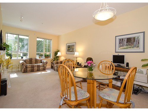 Photo 4: Photos: 123 5835 HAMPTON Place in Vancouver West: University VW Home for sale ()  : MLS®# V967168