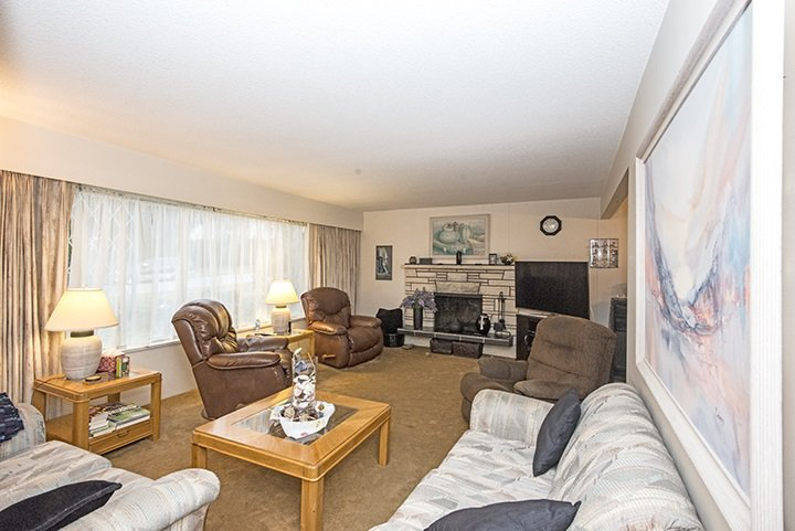 Photo 3: Photos: 516 PERTH Avenue in Coquitlam: Coquitlam West House for sale : MLS®# R2041601