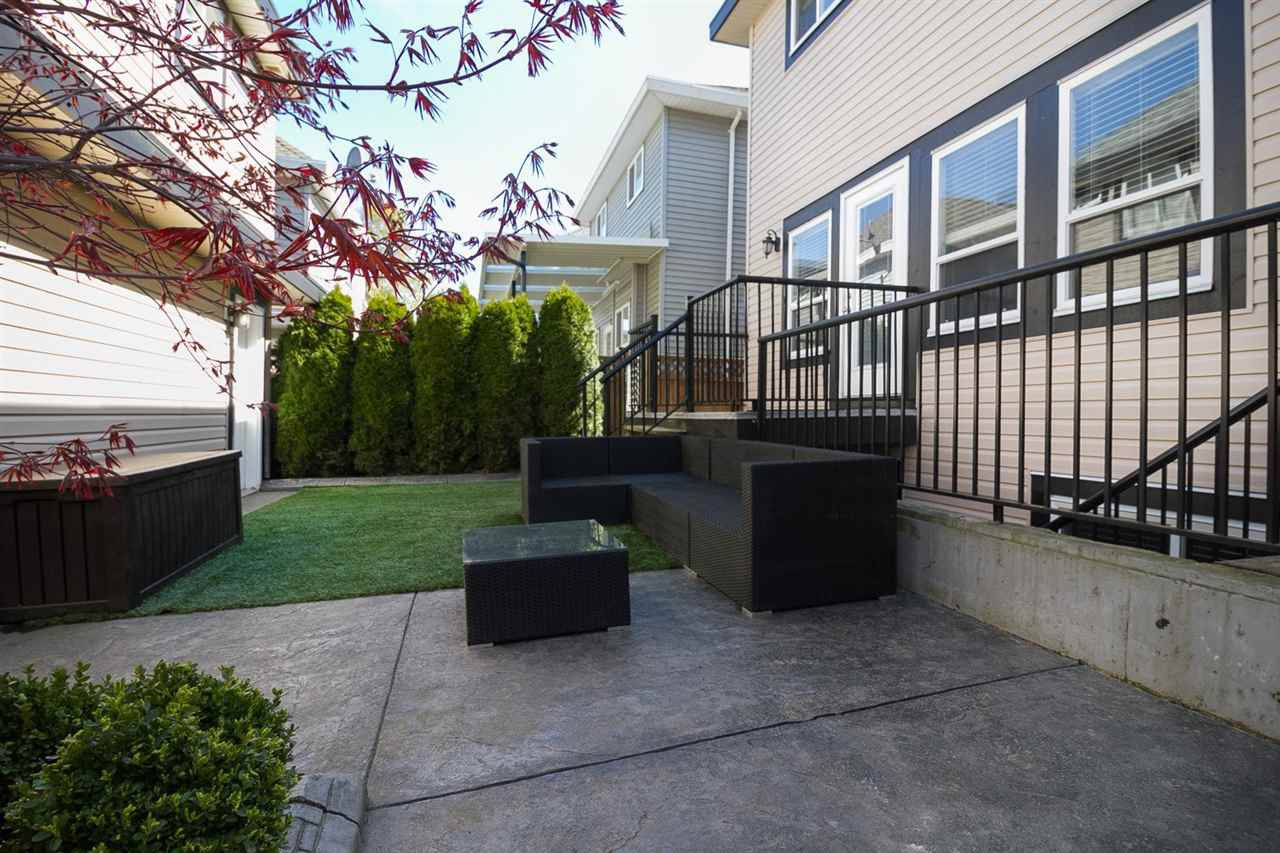 Photo 18: Photos: 19167 69A Avenue in Surrey: Clayton House for sale (Cloverdale)  : MLS®# R2050327