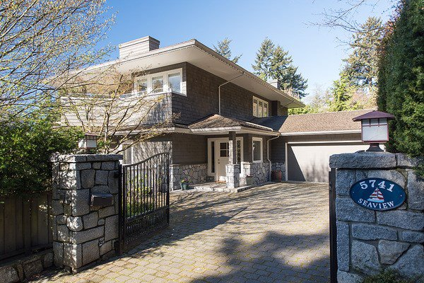 Main Photo: 5741 SEAVIEW Road in West Vancouver: Eagle Harbour House for sale : MLS®# R2078905